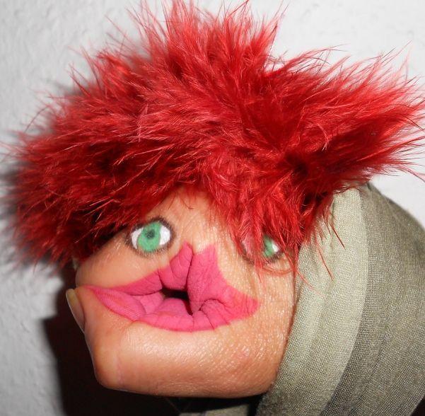 Cómo pintar la cara de un títere en la mano | Titerenet