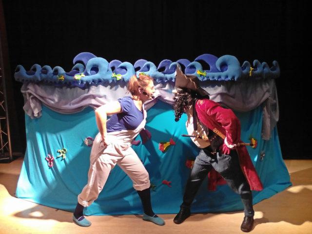 Historia de Piratas con títeres